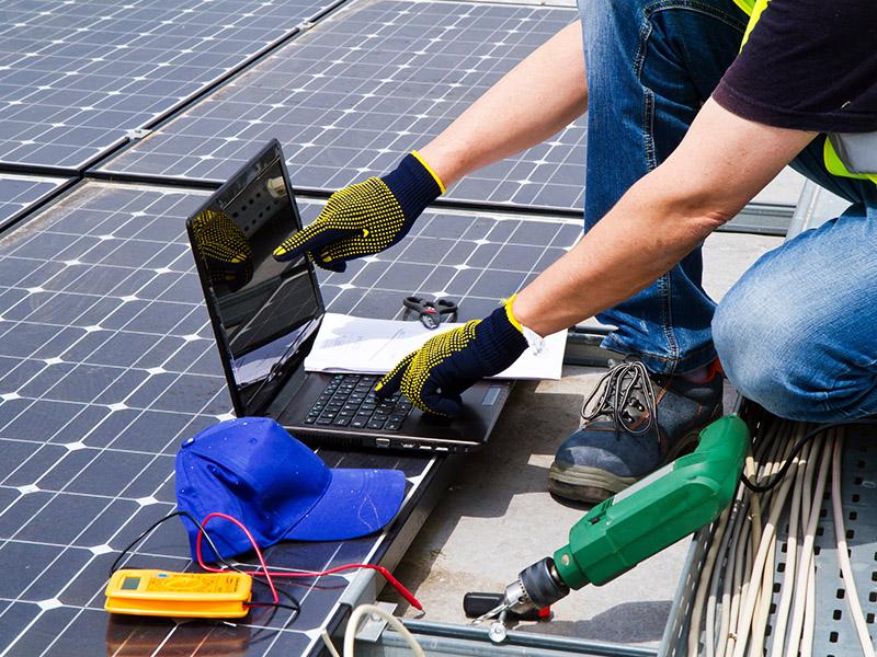 Montage und Installation Photovoltaikanlage